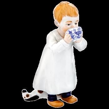 """Фигурка """"Ребенок с чашкой"""" под/уп. 900100-73364"""