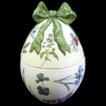 Шкатулка - яйцо