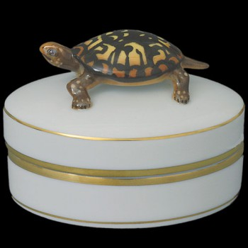 Шкатулка с черепахой