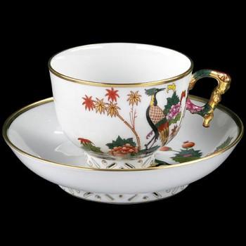 Чашка и блюдце для чая
