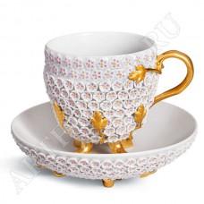 Чашка со снежными лепестками