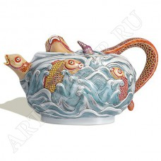 Чайник с рыбами