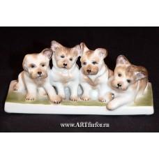 "Фигурка ""4 собаки"""